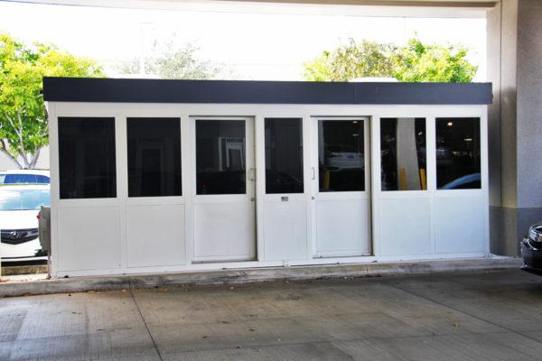 auto service booth